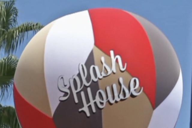 Splash House Balloon
