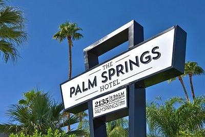 Palm Springs Accomodations, Gay Resorts, Hotels, Gay Desert